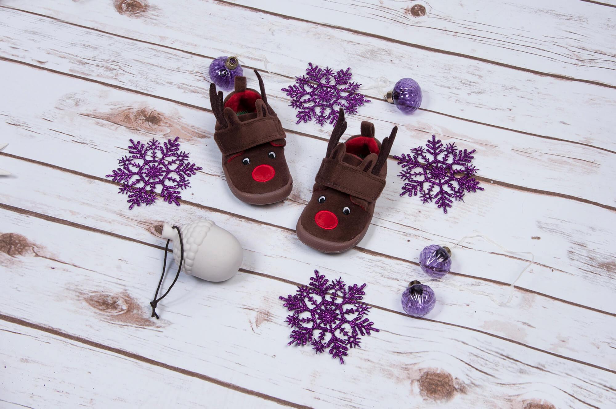 clarks kids slippers