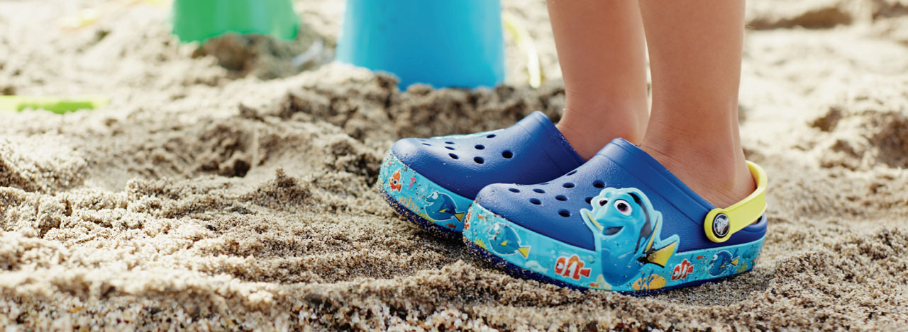 Find your fun with finding dory crocs home blog for Crocs fishing shoes