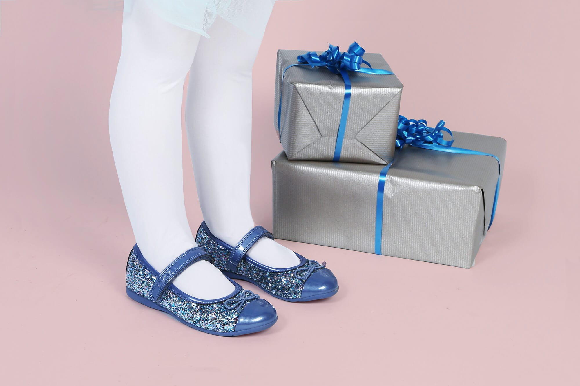 Girls Glittery Party Shoes Home Blog 12 Jeans Girl In A Fabulous Frozen Blue Hue The Clarks Dance Zing Are Sure To Be Festive Favourite Though With Choice Of Five Colours It Will Hard