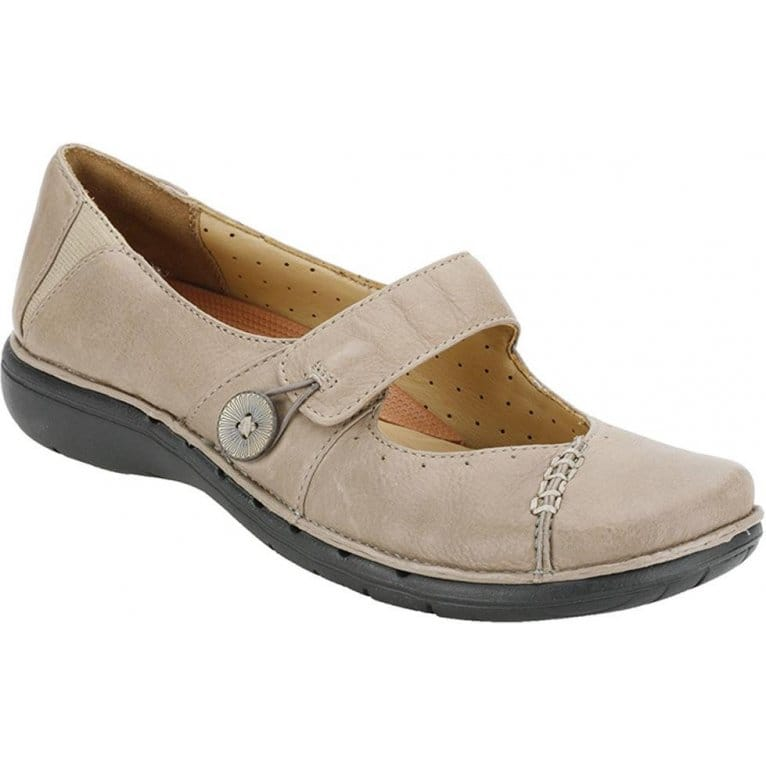 clarks un lynsey casual shoe clarks from charles clinkard uk