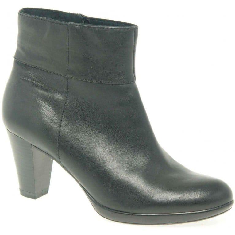 tamaris trish ladies 39 black leather ankle boot 25336. Black Bedroom Furniture Sets. Home Design Ideas