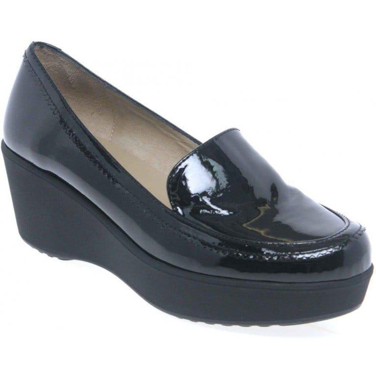 unisa fedra womens wedged casual shoes charles clinkard