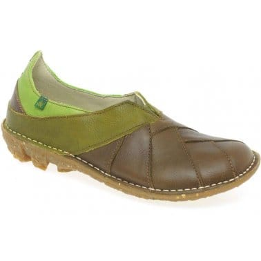El Naturalista Sienna Womens Leather Slip On Shoes