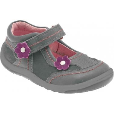 Startrite Petals Girls Leather Flower Trim First Shoes