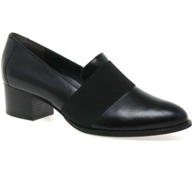 Band Ladies Black Patent Pumps