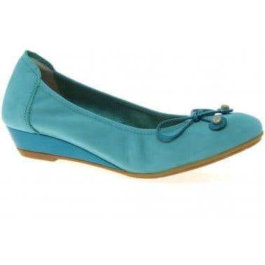 Sabrinas Step Womens Low Wedge Heel Pumps