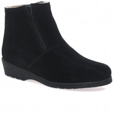 Cambridge Black Suede Fur Lined Womens Boots