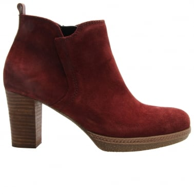 Tournament Womens Modern Ankle Boots