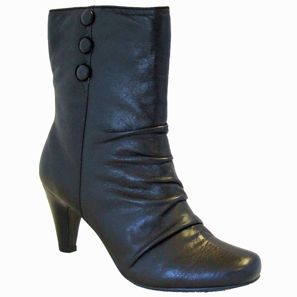 Size 8 Wide Women's Boots: Find the latest styles of Shoes from spendingcritics.ml Your Online Women's Shoes Store! Get 5% in rewards with Club O!