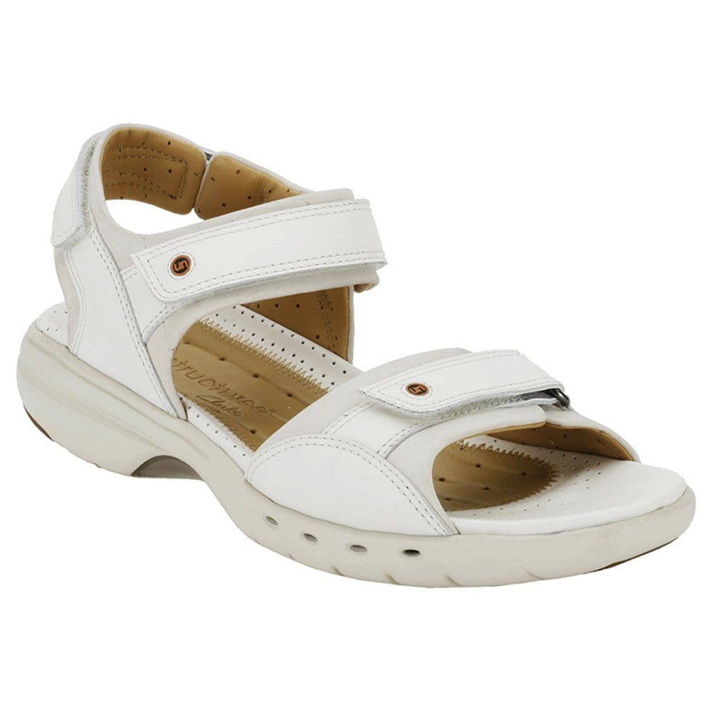 Innovative Treat Your Feet And Slip Into Indisputable Comfort This Contemporary Leather Sandal Combines Clarks Polveldt Construction For Flexible Feel, While Cushion Plus Technology Delivers Ultimate Underfoot Cushioning Pair With Denim Shorts During The