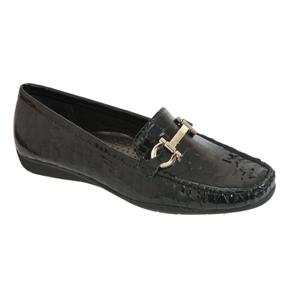 Minnetonka Shoes Womens Kilty Hardsole Moccasin Leather Black Sold by STAND UP Ranchers. $ $ Minnetonka Shoes Womens Kilty Hardsole Moccasin Suede Brown Sold by STAND UP Ranchers. $ $ Hush Puppies Women's Endless Wink Taupe Comfort Moccasin - Wide Width Available.