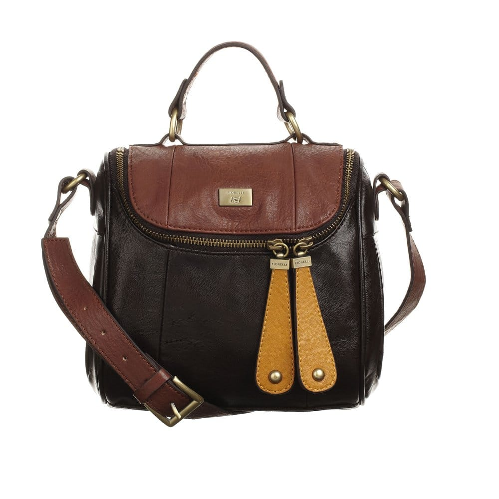 Add a sophisticated touch to your look with women's leather bags. Durable high quality tote bags and wallets designed to last long working days.