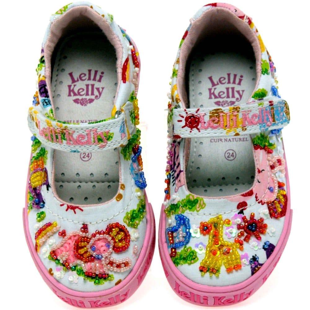 Zoo Shoes | Pinwheel