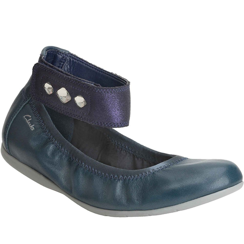 clarks spanish girl personals Dallas clothing & accessories - by owner  favorite this post jun 7 ladies brown clarks  favorite this post jun 7 daylee designs knit butterfly baby girl.