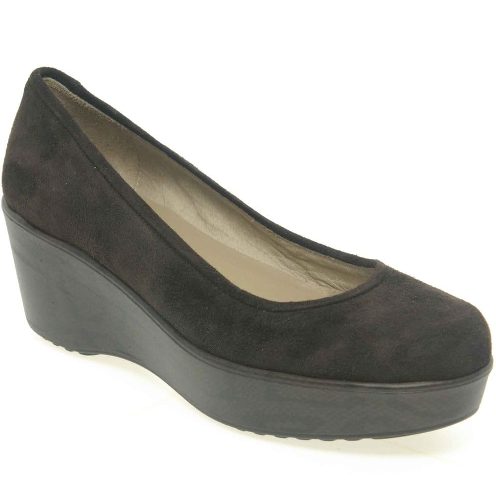 Find a great selection of women's wedges at salestopp1se.gq Shop all the best brands and styles from TOMS, Sam Edelman, Steve Madden and more. Totally free shipping and returns.