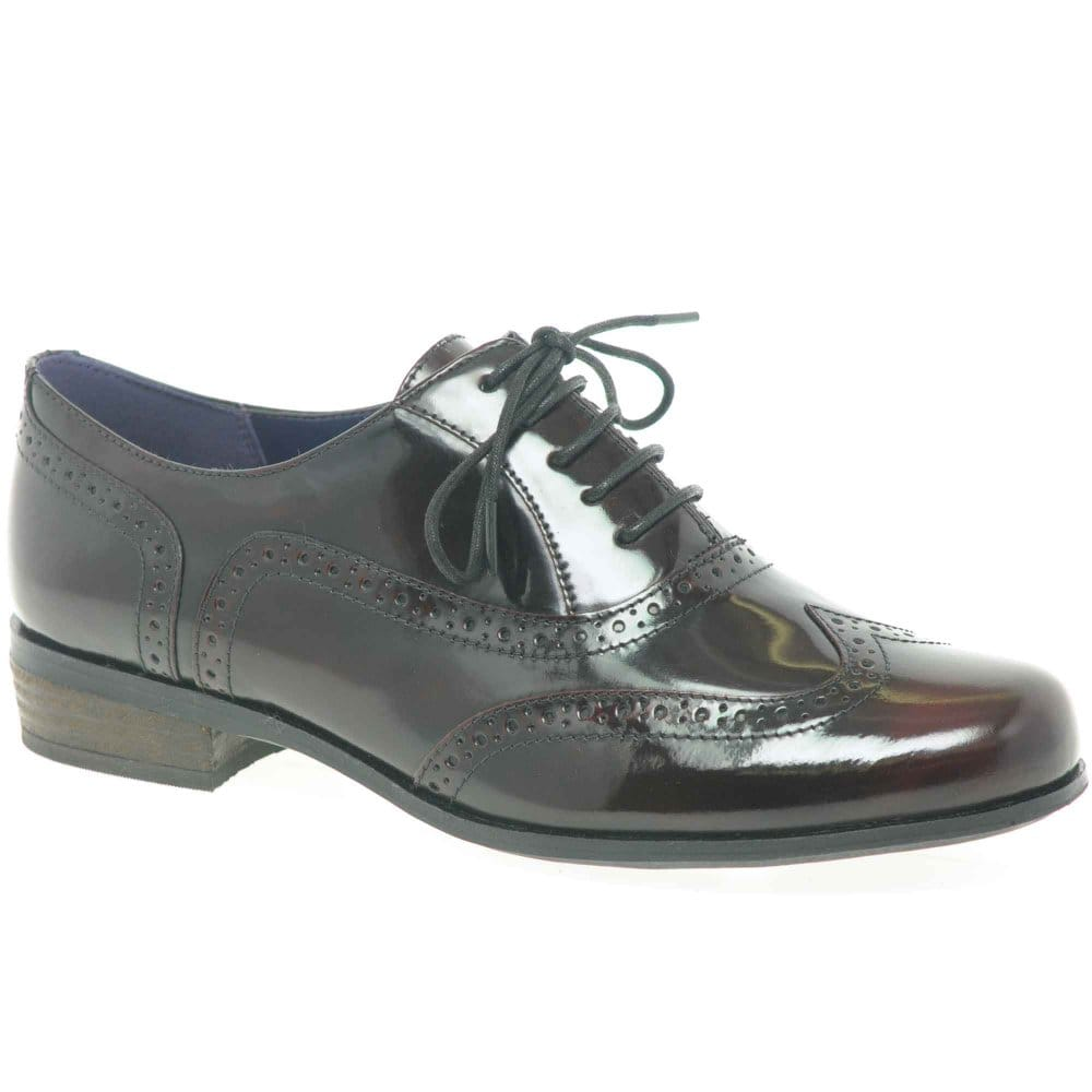 clarks hamble oak womens hi shine leather lace up brogues clarks from charles clinkard uk. Black Bedroom Furniture Sets. Home Design Ideas