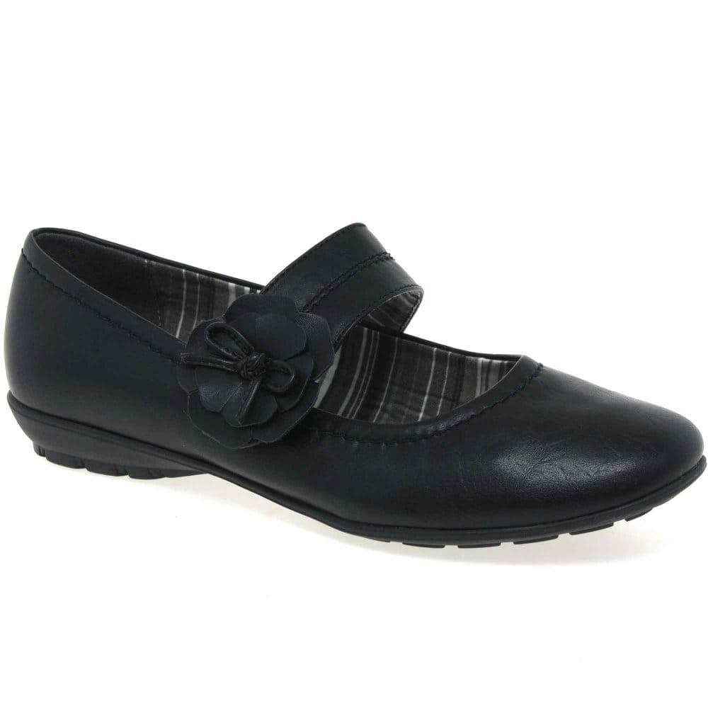 Velcro Strap Shoe. Zoom