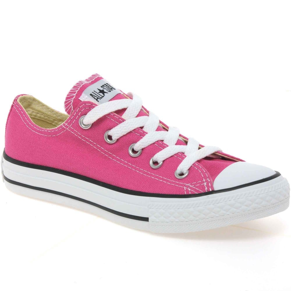 converse shoes girl