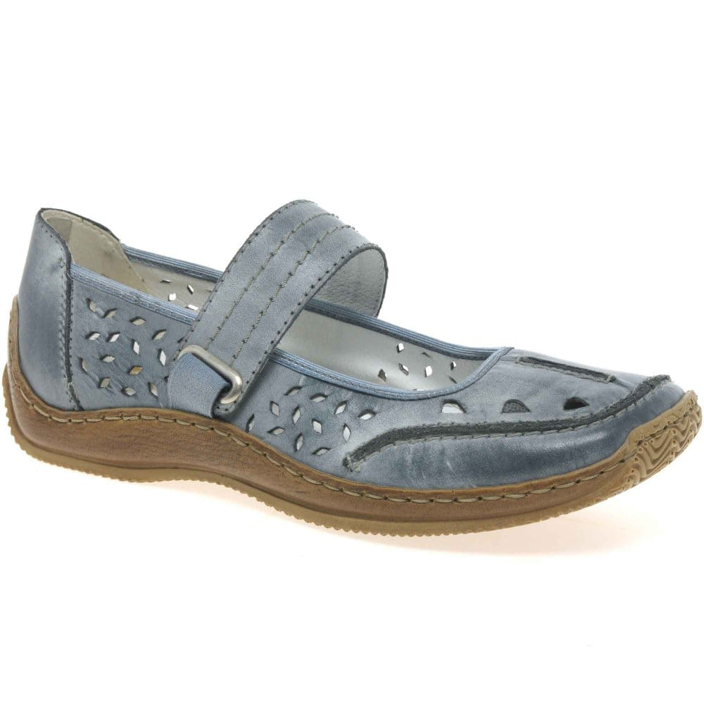 Popular Clarks Womenu0026#39;s Un Helma Casual Shoe From ShoesbyMail