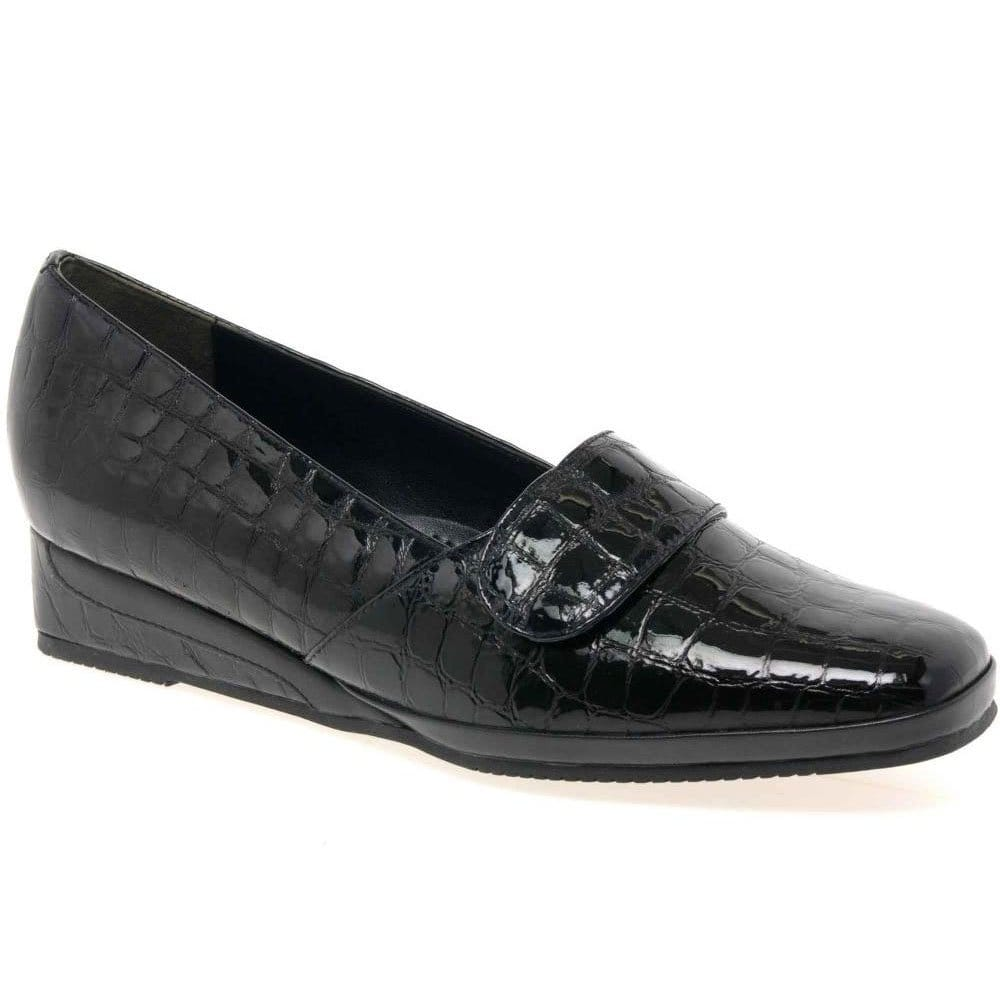 We carry large size men's shoes and large size lady's shoes in store. We are a Clarks Platinum store which means we stock school shoes in half sizes and width fittings to provide the correct fit.