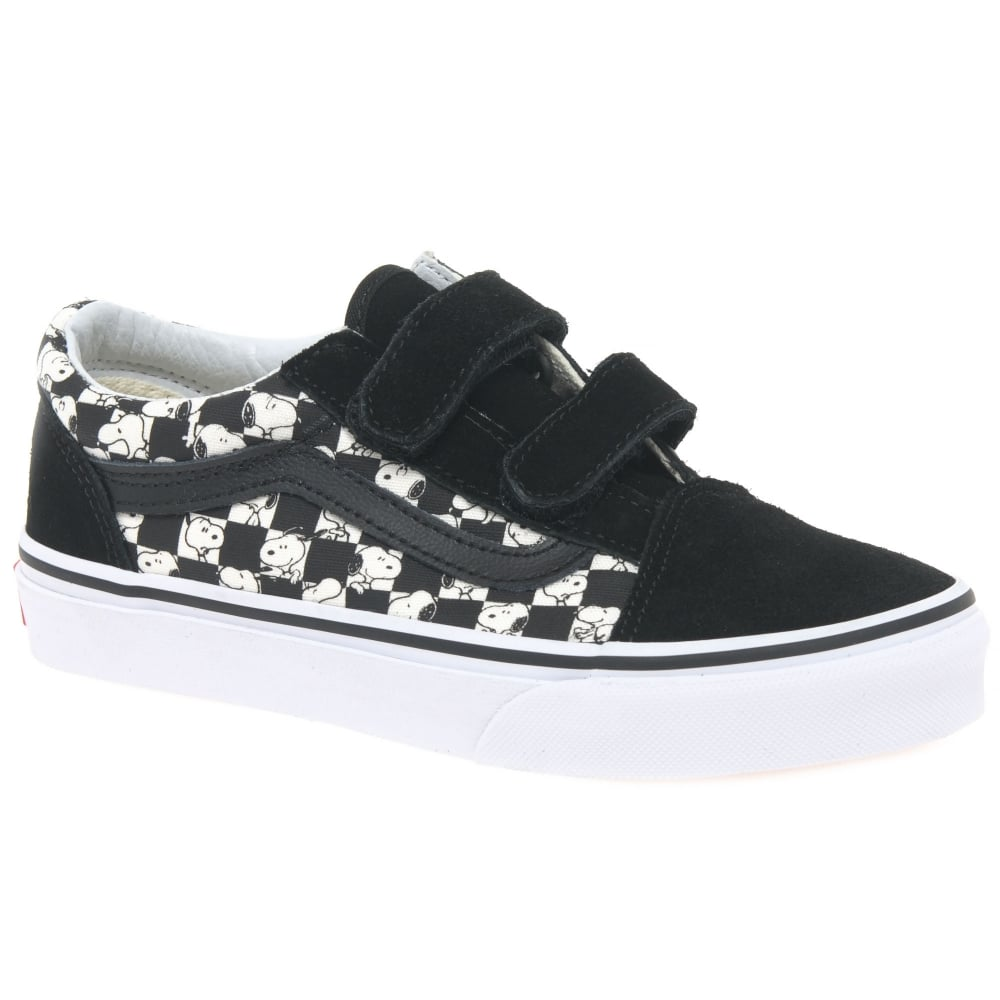 Kids Youth Canvas Shoes | Charles Clinkard