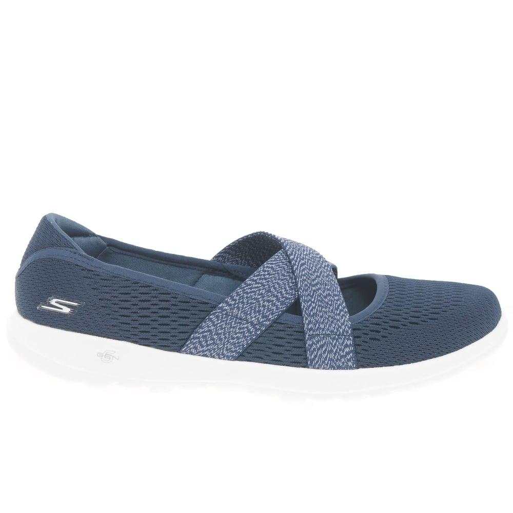 Articulación Zanahoria Buena voluntad  Skechers Go Walk Lite Cutesy Womens Sports Shoes | Charles Clinkard