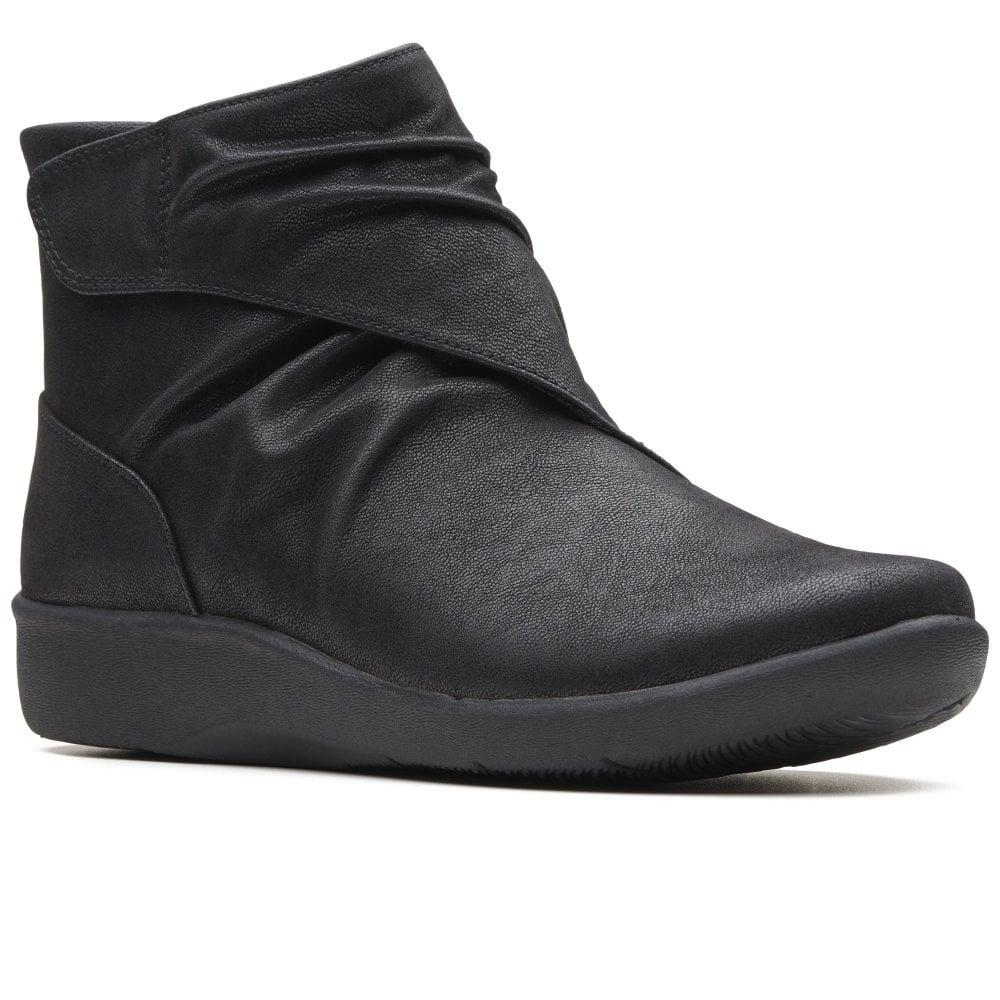 clarks ankle boots sale ladies