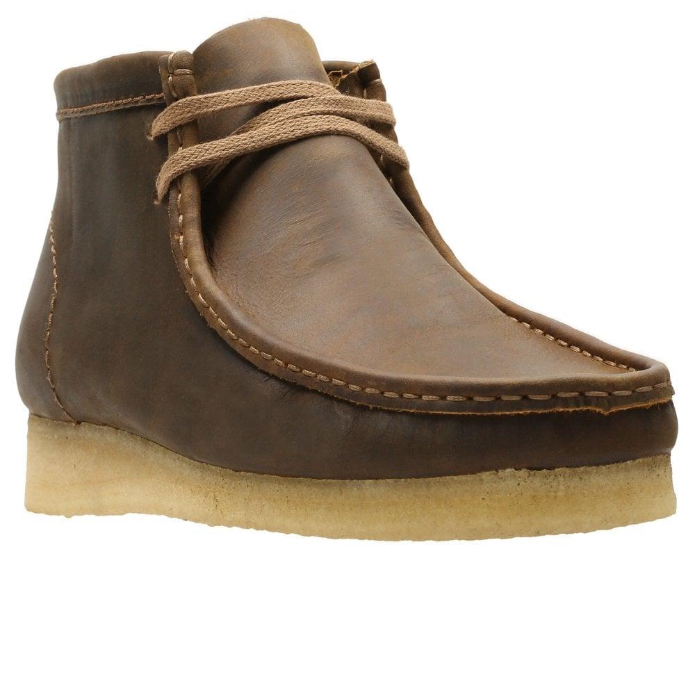 clarks men's wallabee shoes on sale