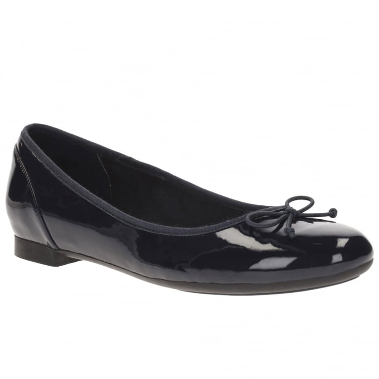 Clarks Couture Bloom Wide Womens Bow Ballerina Shoes