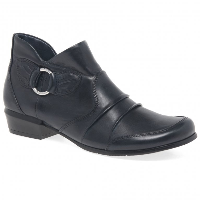 Regarde Le Ciel Melany 92 Womens Low Cut Pleated Leather Ankle Boots