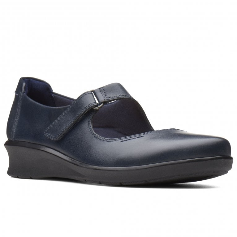 Clarks Hope Henley Womens Wide Fit Casual Shoes
