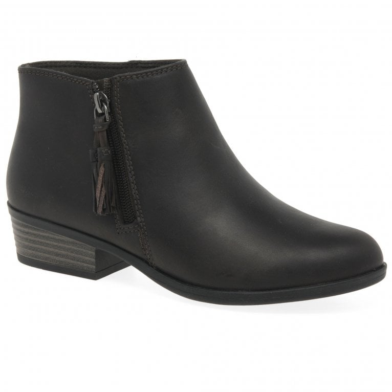 Clarks Addiy Terri Womens Ankle Boots