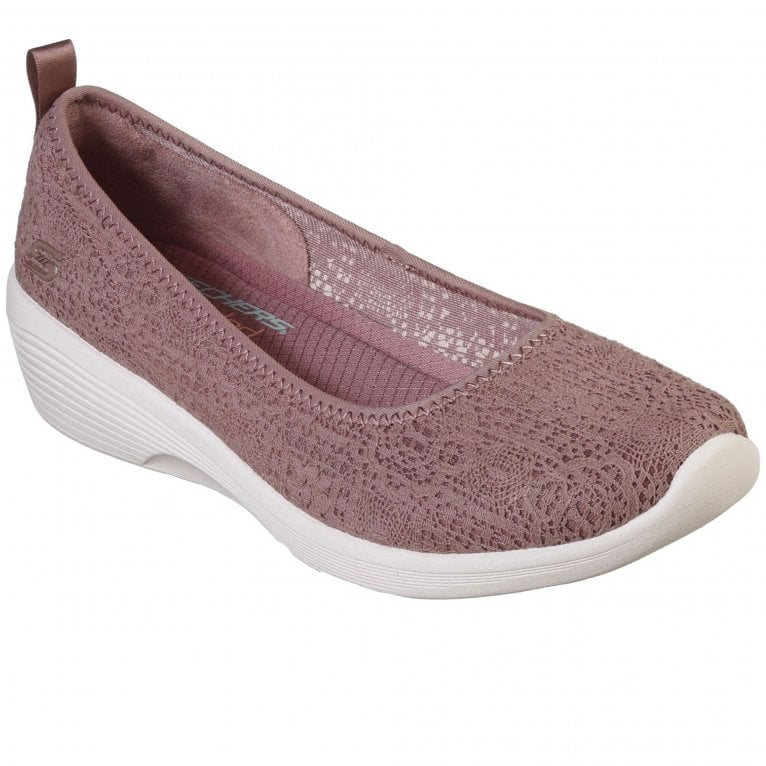 Skechers Arya Airy Days Womens Slip On Shoes