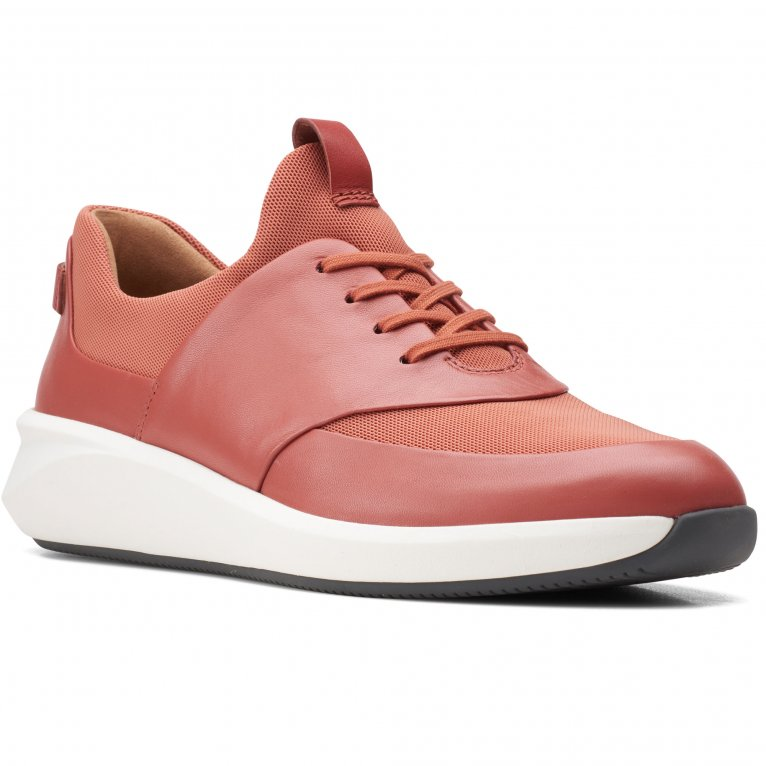 Clarks Un Rio Lace Womens Wide Fit Trainers