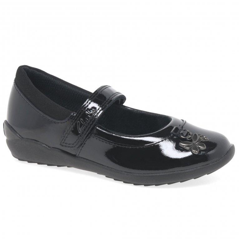 Clarks Vibrant K Trail Girls School Shoes