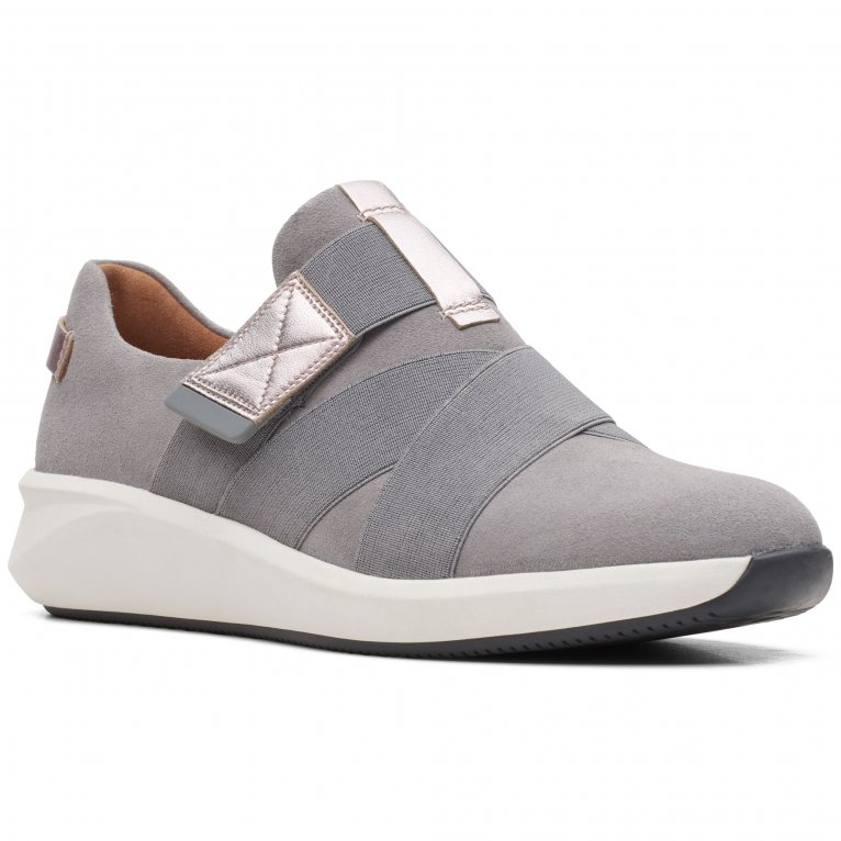 Clarks Un Rio Strap Womens Wide Fit Casual Trainers