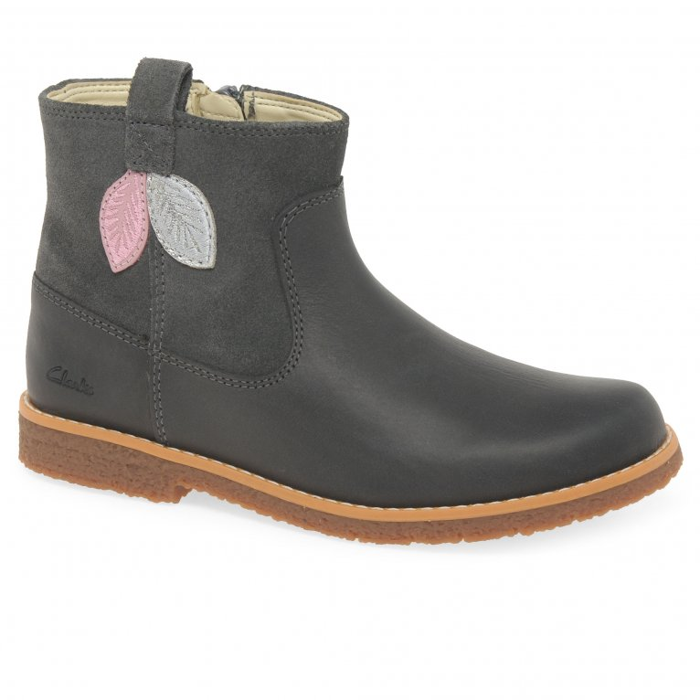 Clarks Comet Style K Girls Boots