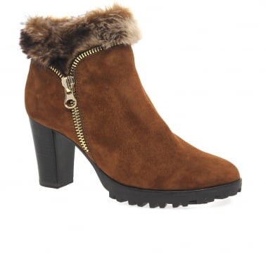 Zola Womens Suede Ankle Boots