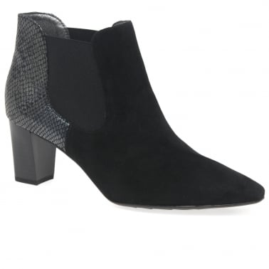 Magda Womens Chelsea Boots